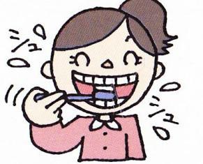 歯を磨いている女の子